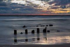 Alter Pier nach Sonnenuntergang Stockbilder
