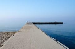 Alter Pier in Nea Kallikratia, Halkidiki-Halbinsel, Griechenland Stockfoto