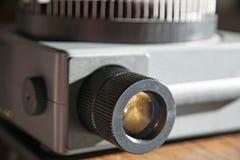 Alter Projektor, Detail der Linse Lizenzfreie Stockbilder
