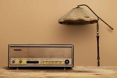 alter radio lampe lizenzfreies stockbild bild 30651486. Black Bedroom Furniture Sets. Home Design Ideas