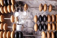 Alter Retro- Abakus auf Hintergrund Stockbilder