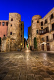 Alter Roman Gate und Placa-Nova morgens, Barcelona Lizenzfreie Stockfotografie
