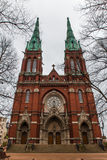 Alter roter Backstein Johannes Church in Helsinki, Finnland lizenzfreie stockfotos