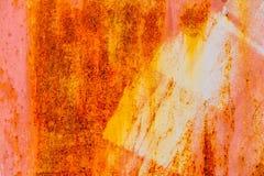 Alter roter vertikaler leerer Schmutz-Oberflächenhintergrund Rusty Plaster Wall With Worns Brown rotes Brickwall mit schäbigem St Stockfotos