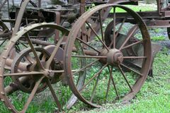 Alter Rusty Plow Wheels Lizenzfreies Stockfoto