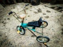 Alter Rusty Tricycle Stockbilder