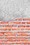 Alter Schmutz-Backsteinmauerhintergrund Stockfoto