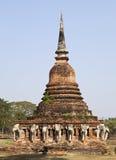 Alter siamesischer Tempel mit Elefanten Lizenzfreies Stockbild