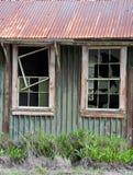 Alter Stall und Windows Stockfoto