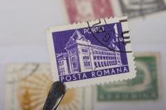 Alter Stempel von Rumänien stockfotos