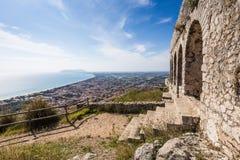 Alter Tempel in Terracina, Lazio, Italien Lizenzfreie Stockbilder