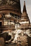 Alter thailändischer Tempel Buddhas über thailändische Geschichte lizenzfreie stockfotografie