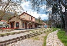 Alter traditioneller Bahnhof Stockfotos