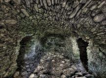 Alter Tunnel des Schmutzes des Steins Stockfotografie
