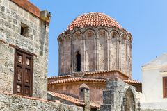Alter Turm in alter Stadt Rhodos Stockfoto