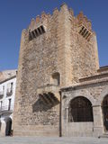 Alter Turm in Caceres Stockfoto
