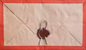 Alter Umschlag mit Dichtung. Stockbild