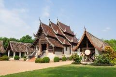 Alter und vorstehender Tempel Wat Ton Kwens in Chiang Mai Lizenzfreie Stockfotos