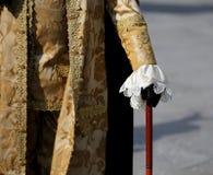 Alter venetianischer Adlig, deren den Stock in Handschuh hallo hält lizenzfreie stockfotos
