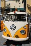 Alter VW-Krankenwagen Lizenzfreie Stockbilder
