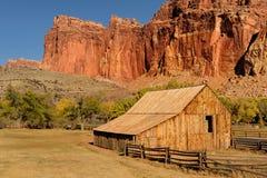 Alter westlicher Stall und Ranch Stockbild