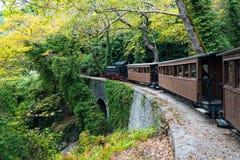 Alter Zug in Griechenland Stockfotos