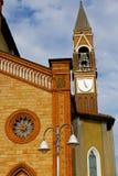 in alter Zusammenfassung Mailands in der Italien-Straßenlaterne Lizenzfreie Stockfotografie
