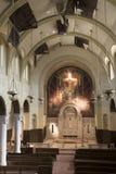 Altere en decaimiento en iglesia abandonada católica imagenes de archivo