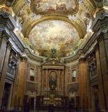 Altere en la iglesia del Gesu, Roma, Italia Foto de archivo libre de regalías