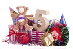 Altern Sie in den Zahlen in einer Parteistimmung für einen Geburtstag der Kinder stockbild