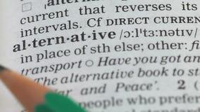 Alternatieve woorddefinitie in woordenboek, verschillende energiebronnen, milieu stock footage