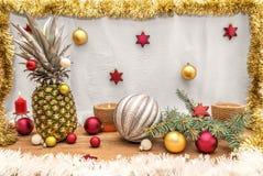 Alternativ dekorerad julgran Royaltyfria Bilder