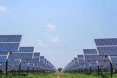Alternativ energi för solpanel Arkivfoto