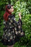 Alternatives weibliches Modell im Kimono Stockbild