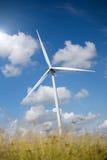 alternatywne źródła energii, turbiny farmy wiatr Zdjęcia Stock