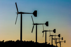 alternatywne źródła energii, turbiny farmy wiatr Fotografia Royalty Free