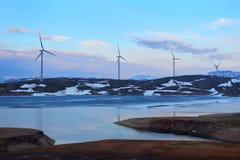 alternatywne źródła energii, turbiny farmy wiatr Norwegia Zdjęcie Stock