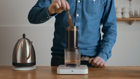 Alternatywny piwowarstwo w kawiarnia sklepie zdjęcie wideo