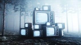 Altes Antike Fernsehen in der Nebelnachtwaldfurcht und -Horror Mistic-Konzept realistische Animation 4k der Sendung stock video