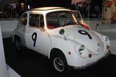 Altes Auto in der Paris-Autoausstellung Stockbilder
