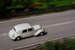 Altes Auto lizenzfreie stockfotografie