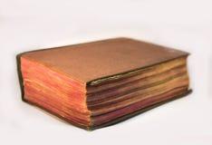 Altes Bibelbuch lokalisiert auf Weiß stockfotos