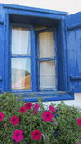 Altes blaues Fenster Stockbild