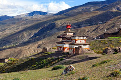 Altes Bon stupa in Saldang-Dorf, Nepal Lizenzfreies Stockfoto
