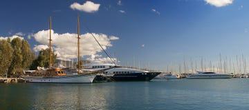 Altes Boot auf Bucht Stockfotografie