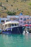Altes Boot in Krim Stockbilder