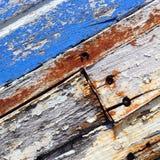 Altes Boot mit Schalenfarben-Hintergrundbeschaffenheit Stockbild