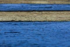Altes Brett mit den blauen und grauen Streifen, Hintergrund, Beschaffenheit Stockbild