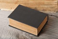 Altes Buch Lizenzfreie Stockfotos