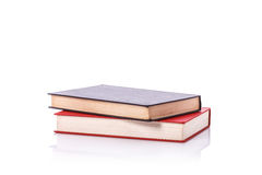 Altes Buch mit leerem Blinddeckel Studioschuß getrennt auf Weiß Stockbild
